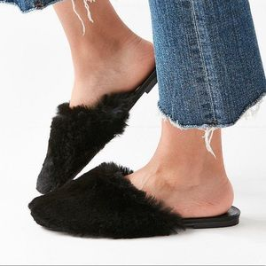 Urban Outfitters Black Uo Faux Fur Mule Slides